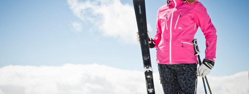 Afbeelding vrouw met Atomic ski